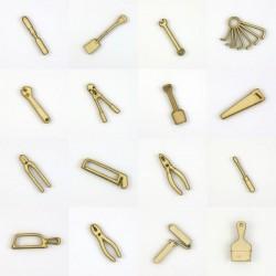 Pack de 16 outils en bois découpé pour loisirs créatifs