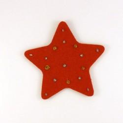 Etoile en feutrine rouge - peintures or et argent
