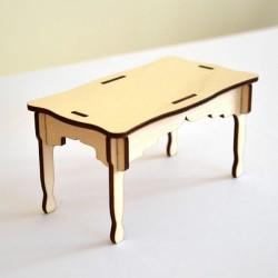 Table miniature 3D en bois