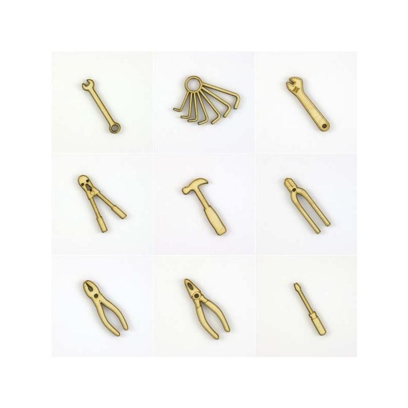 Pack bricolage : 9 outils, pinces, clés, tournevis et marteau