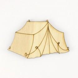 Tente de camping en bois