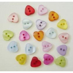 20 Boutons résine coeur  2 trous, 12 x 11 mm