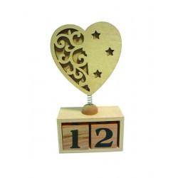 Calendrier perpétuel avec coeur en bois à décorer