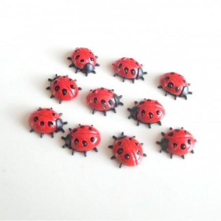 10 coccinelles miniatures 8 mm rouge et noir en résine