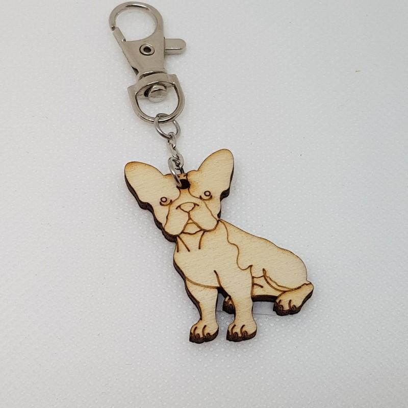 Porte-clef chien bouledogue en bois à décorer ou pas avec mousqueton