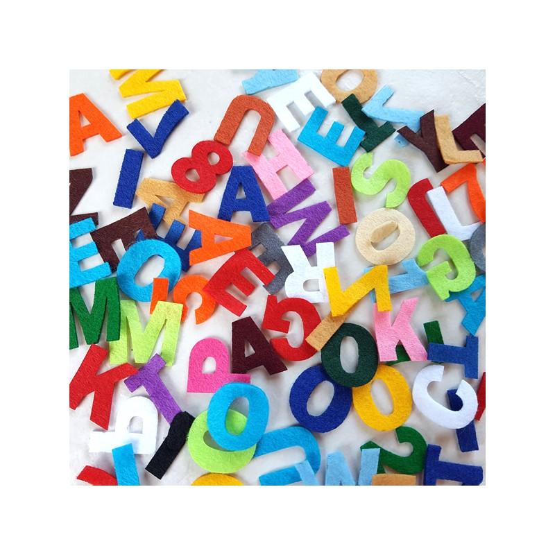 40 caractères ou chiffres au choix de 26 mm de hauteur couleurs aléatoires Loisirs créatifs scrapbooking